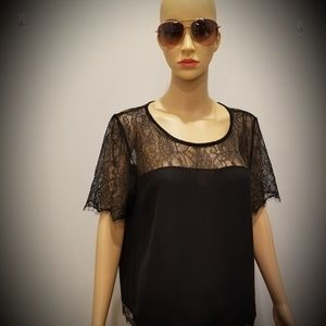 [Lipsy London] Brand Lace Inspired Blouse